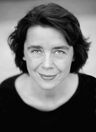 Christina Vayhinger(Schauspiel – Sprechtraining / Präsentation –Gesang: Chanson, Pop)